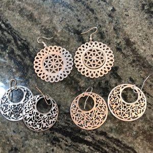 Jewelry - Silver lace style earrings